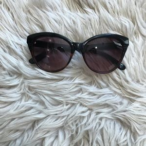 Marc Jacobs cat eye sunnies